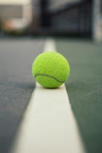 テニス 腰痛